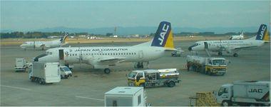 JAC YS-11(鹿児島空港 2003年撮影)