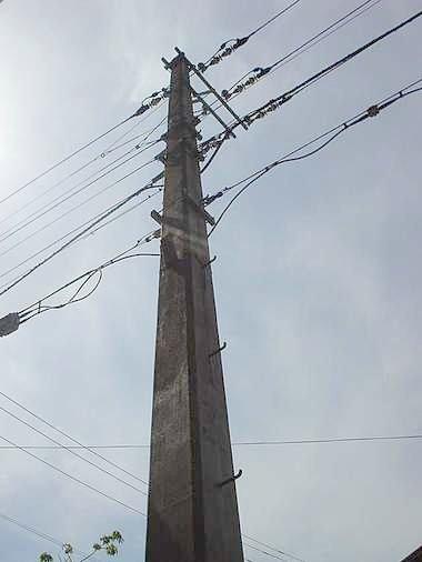 日本最古のコンクリート製電柱